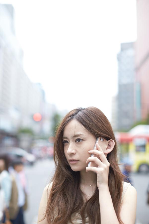 リアルな耳の付いたiPhoneケース